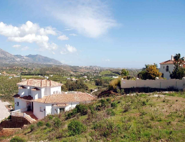 Excellent plot in La Cala Golf