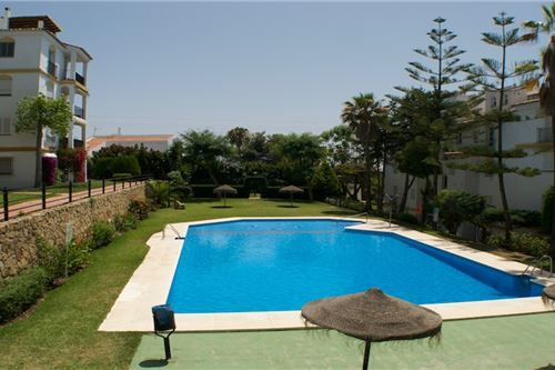 Large Apartment in Estepona