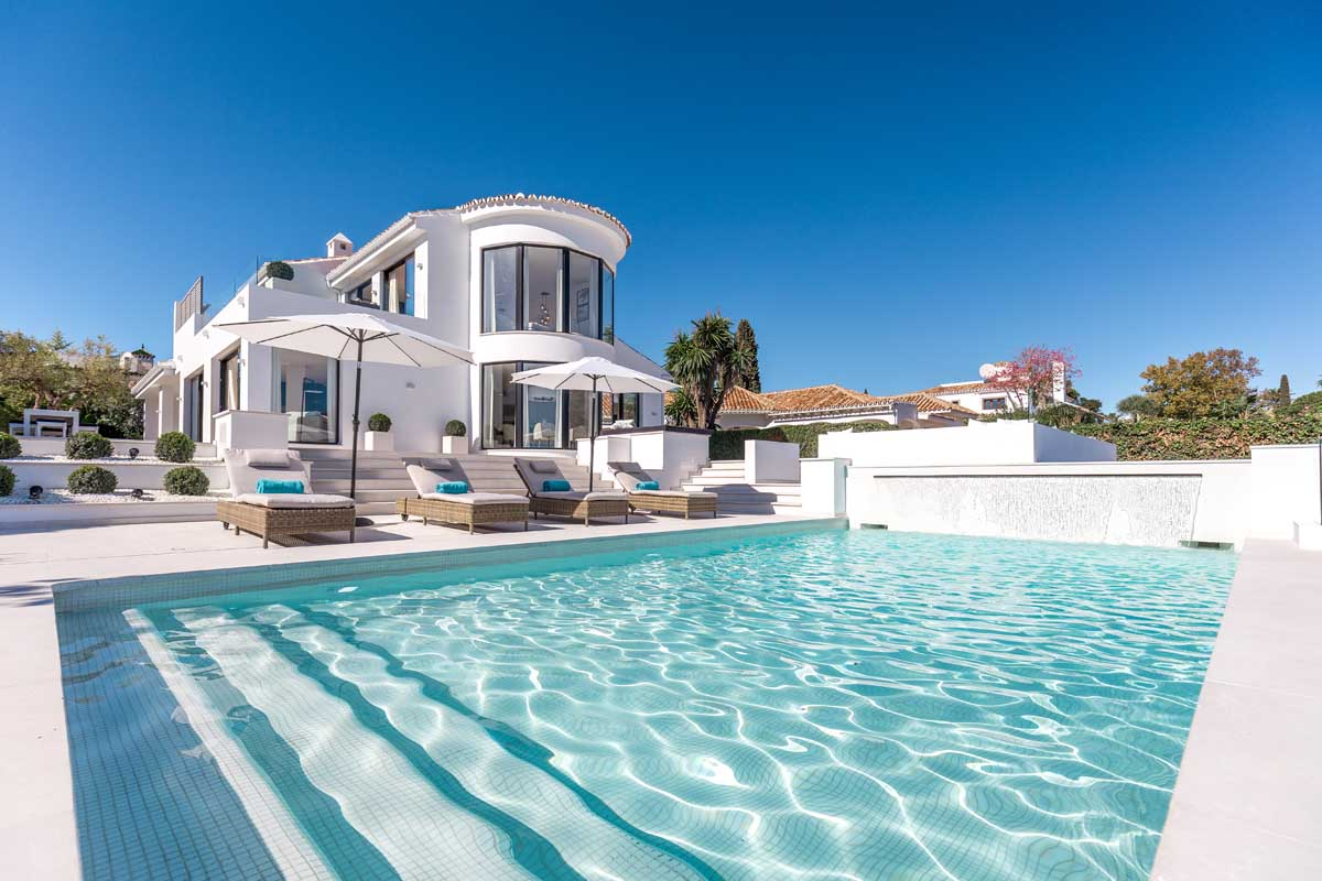 Stunning Four Bedroom Villa in the Golf Valley