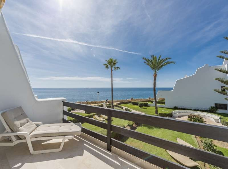 Beachfront Townhouse on the Golden Mile , Marbella